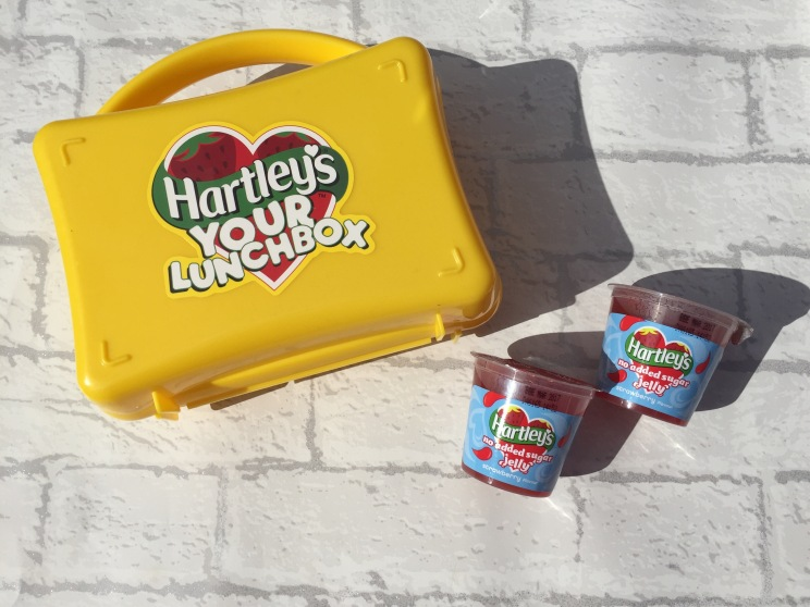 hartleys-lunchbox-jelly-pots