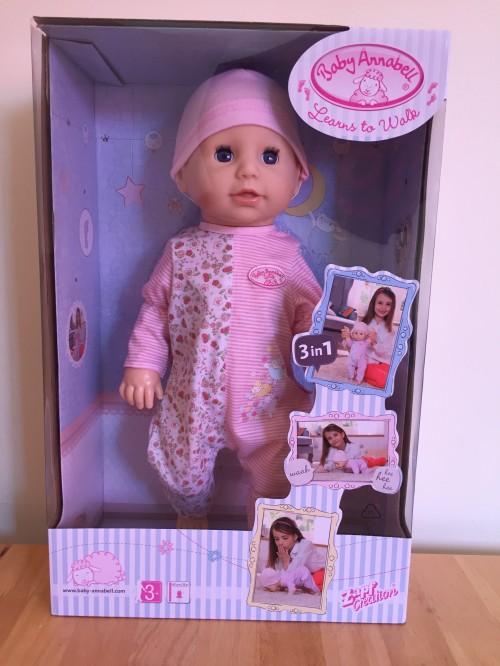 baby-annabell-learns-to-walk-in-box