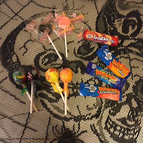 candyland-halloween-favourites-mix-whambars-dipdab-blackjack-fruitsalad-frosties-refreshers