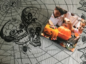 Lékué-pumpkin-cake-mould-in-box