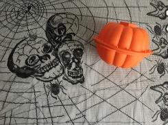 Lékué-pumpkin-cake-mould-halloween