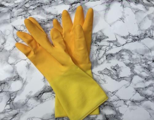 marigold-70th-birthday-extra-life-kitchen-gloves