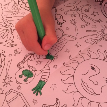 Phoenix-trading-colour-in-tablecloth