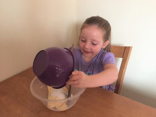 baking-with-natvia