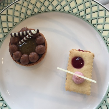 celtic-manor-summer-afternoon-tea-cake-selection