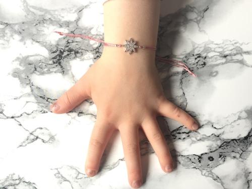 Ollie & Leila Pink Star Friendship Bracelet On Childs Wrist