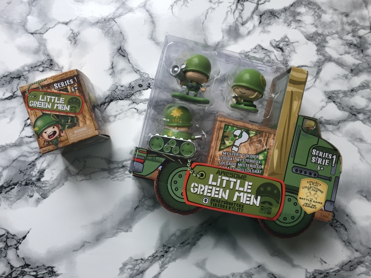 awesome-little-green-men-series-1