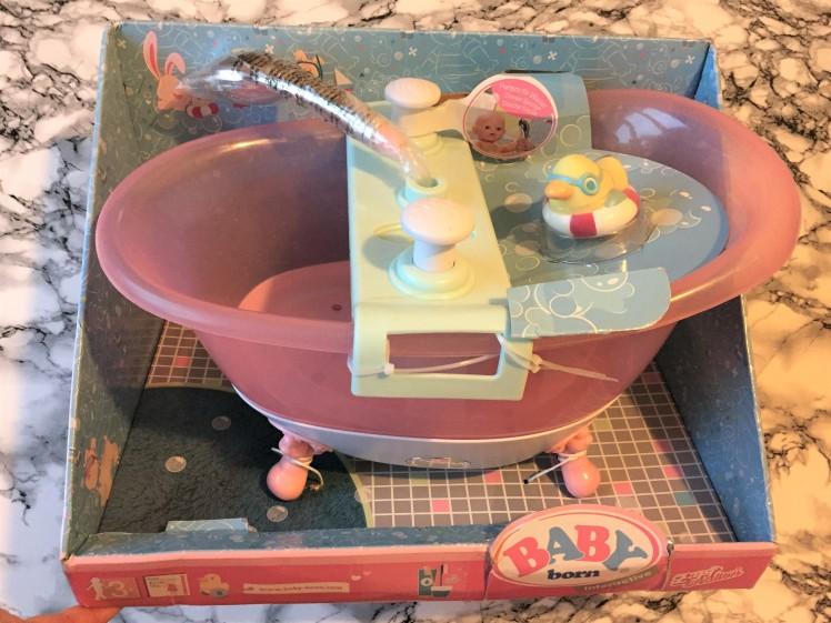 BABY-born-Interactive-Bathtub-boxed